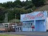 Der einzige Laden-Post-Cafe-Tankstelle-Restaurant in Einem