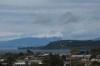 SCHNEE!!! Von Taupo aus der Blick auf die ersten Vulkanberge.