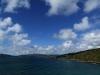 da, ganz da hinten, da gehts wieder zur Titahi Bay